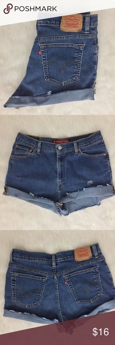 """Vintage Levi Tag says size 12 misses - a little big on me and I wear size 6. I would suggest size 8, they really comfy and stretchy so size could fit higher too. Waist: 33"""" hips: 39"""" & rise: 11"""" Levi's Shorts Jean Shorts"""