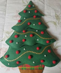 cards, pergamano and paintings – Page 7 – Christmas Crochet Fabric Christmas Trees, Christmas Tree Art, Felt Christmas Ornaments, Christmas Decorations To Make, Christmas Crafts, Xmas, Toddler Christmas, Christmas Sewing, Christmas Embroidery