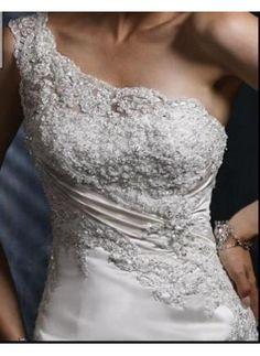 Like this 1 shoulder design
