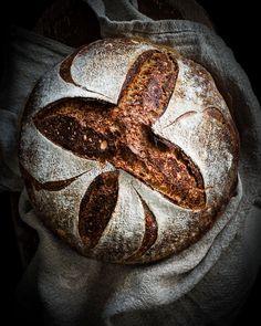 Guinness-tattarileipä hapanjuureen   My Vintage Cooking Armenian Recipes, Irish Recipes, Armenian Food, Sourdough Recipes, Sourdough Bread, Bread Recipes, Buckwheat Bread, My Daily Bread, Malaysian Food