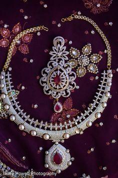 Bridal Jewelry http://www.maharaniweddings.com/gallery/photo/31443