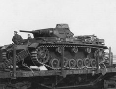 Panzer Iii, Mg34, Rail Transport, Ww2 Tanks, Armored Vehicles, Luftwaffe, Military History, Armed Forces, World War Ii
