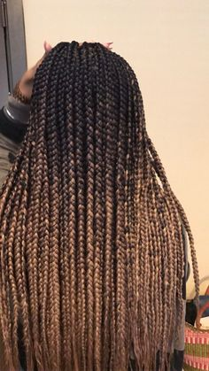 Ombré box braids Click this image for more info - Hairstyles Natural Hair Box Braids, Ombre Box Braids, Colored Box Braids, Short Box Braids, Blonde Box Braids, Black Girl Braids, Black Hair Extensions Braids, Braids With Color, Braid Afro