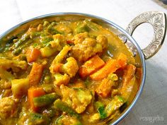 Maayeka: Vegetable Kolhapuri (Veganize by leaving out the cottage cheese and maybe substituting homemade non-dairy cashew cheez or cream)