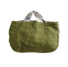 リバーシブルバッグ フロウ _ ブラック&オリーブグリーンの通販。リネン(麻)素材のリーノエリーナのバッグはリバーシブルなので、コーディネートも楽しめます。 My Bags, Purses And Bags, Japan Bag, Diy Sac, Minimalist Bag, Boho Bags, Linen Bag, Denim Bag, Simple Bags