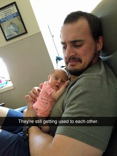 Are you looking for some fun and humor today? We share a new collection of 25 most funniest baby memes and pictures kids. Haha Funny, Funny Cute, Funny Memes, Funny Stuff, Funniest Memes, Funny Things, Funny Babies, Funny Kids, I Love To Laugh