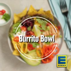 Burrito Bowl Bowls, EDEKA, Bowls Who does not want a colorful Mexican salad with chicken and tortilla chips? Get ready for a Burrito Bowl! Make Ahead Brunch Recipes, Healthy Brunch, Burritos, French Toast Brunch Recipe, Paleo Fudge, Mexican Salads, Mexican Breakfast Recipes, Easy Chicken Dinner Recipes, Tortilla Chips