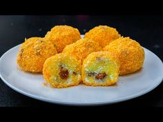 Papanasi fierti in doar 20 de minute!   SavurosTV - YouTube Crepes, Onion Rings, Biscotti, Tan Solo, Muffin, Breakfast, Ethnic Recipes, Tv, Youtube