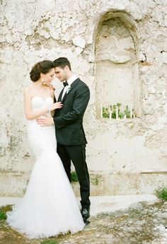Bride and groom inspiration: http://www.stylemepretty.com/2014/06/05/destination-wedding-inspiration-on-the-amalfi-coast/   Photography: KT Merry - http://www.ktmerry.com/