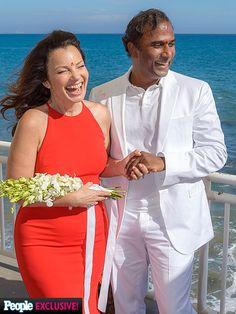 First Look: See Fran Drescher's Official Wedding Photo! http://www.people.com/article/fran-drescher-wedding-first-look-photo