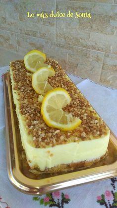 Pastel frío de limón con el que vas a triunfar en la próxima celebración. Desde el blog LO MÁS DULCE DE SONIA, te cuentan cómo prepararlo con y sin Thermomix.