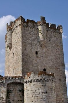 Torre del Homenaje del Castillo de los Duques de Alba. Alba de Tormes. Salamanca.