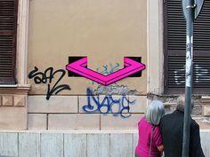 Nihalani Hug Art Installations in Rome Based on 3D Illusions: Vantage by Aakash Nihalani [Video]