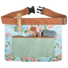 These floral gardening tool belts are adjustable and have 4 multifuctional pockets for all your gardening tools. TOOLS ARE NOT INCLUDED. This pretty floral gardening tool belt has 4 multi functional pockets for all your gardening tools. Fallen Fruits, Waist Apron, Esschert Design, Tool Belt, Minion, Outdoor Gardens, Garden Tools, Diaper Bag, Pocket