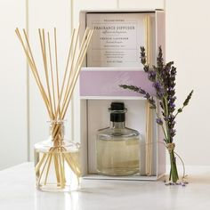 Williams Sonoma French Lavender Fragrance Diffuser - New Ideas Homemade Reed Diffuser, Diffuser Diy, Diffuser Sticks, Room Diffuser, Candle Diffuser, Essential Oil Diffuser Blends, Essential Oils, Lavender Diffuser, Perfume Diffuser
