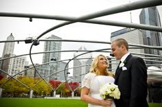 JAY PRITZKER PAVILION. The green park, the city skyscrapers...great mix of urban and nature. Wedding photos; wedding photography; wedding photo ideas; Chicago wedding photography locations; Chicago wedding photo location ideas. #WeddingPhotos #WeddingPhotography