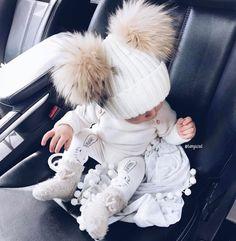 "22.8k Likes, 111 Comments - F A S H I O N Z I N E ♠️ (@fashionzine) on Instagram: ""#cute via @fashiongoalsz By @tanyazad"""