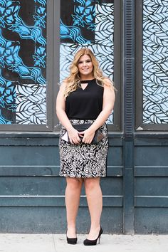 Silky sleeveless blouse, printed pencil skirt, classy clutch. #DiaStyleInspo