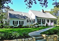 Welcome to our beautiful Edgartown home w/ large yard Edgartown, Martha's Vineyard vacation rental on WeNeedaVacation.com ID 11130