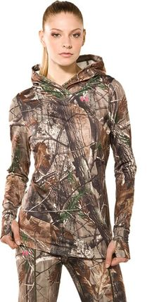 underarmour ladies camo basewear.. I have this top and it is so warm... gotta love camo:)