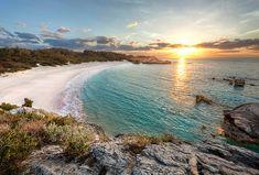 7 Faces Of Amazing Horseshoe Bay On Bermuda RT @RumShopRyan - Caribbean Blog - Caribbean Blog #Caribbean #travel