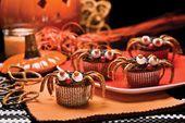 Pretzel Spider Cakes.