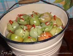 Фаршированные зеленые помидоры. Ингредиенты: помидоры зеленые, укроп сушеный, чеснок Preserves, Pickles, Salads, Food And Drink, Apple, Canning, Fruit, Drinks, Decor