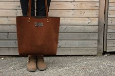 Page Not Found - genuineleather. Leather Bags, Madewell, Delicate, Tote Bag, Clothes, Fashion, Leather Tote Handbags, Outfits, Moda