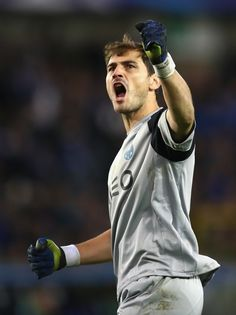Iker Casillas of FC Porto celebrates his team's second goal during the UEFA Champions League Group G match between Club Brugge KV and FC Porto at Jan Breydel Stadium on October 2016 in Bruges, Belgium. Casillas Real Madrid, Thomas Muller, Uefa Champions League Groups, Toni Kroos, Fc Porto, Football Photos, Goalkeeper, Football Players, Fifa