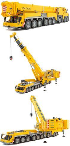 LEGO 18-Wheel Mobile Crane