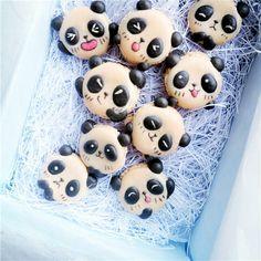 panda macaron