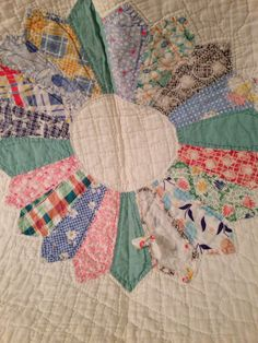 Vintage 1940s hand made quilt by StellaDonnaVintage on Etsy, $58.00