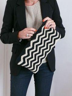 Crochet Chevron Pouch ~ Free Pattern