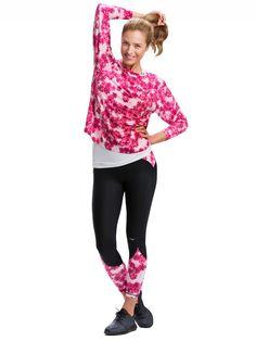 Ice bloom alebo krištálik ľadu, sa stal inšpiráciou tohtoročnej kolekcie jeseň/zima 2015.Dámske športové oblečenie Röhnisch váš inšpiruje k športovým výkonom.