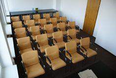"""Układ sali typu """"kinowa"""" idealna do szkoleń prowadzonych w formie wykładowej."""