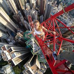 angela_nikolau The highest crane in Hong Kong Pictures Images, G Photos, Cool Pictures, Stock Photos, Parkour Moves, Selfies, Scary Places, Cute Posts, Birds Eye View