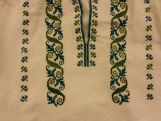 Palestinian Embroidery, Shirt Embroidery, Costume Design, Romania, Knots, Diy And Crafts, Cross Stitch, Traditional, Crochet