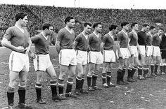 ON THIS DAY: In Man Utd drew with Red Star Belgrade - the last game before the Munich Air Disaster. (goals: Charlton x Viollet). I Love Manchester, Manchester United Legends, Official Manchester United Website, Manchester United Players, Manchester England, Munich Air Disaster, Man Utd Squad, Sir Alex Ferguson, Last Game