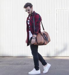 Outfit Men, Fashion Men, Men Style, Adidas Superstar, jeans style, long shirt, menbag - www.rodrigoperek.com