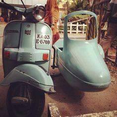 BAJAJ CHETAK with side-car!