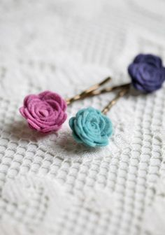 emma hydrangea hair pin set by Petit Plume