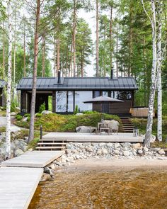 Lakeside sauna in Finland Eco Casas, Bungalow, Haus Am See, Cabins And Cottages, Log Cabins, River House, Cabins In The Woods, Sustainable Architecture, Residential Architecture
