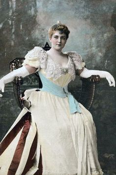 2a8ec7aaa1067 Lillian Russell Vintage Glamour, Vintage Beauty, Vintage Ladies, 200  Pounds, Positive Body
