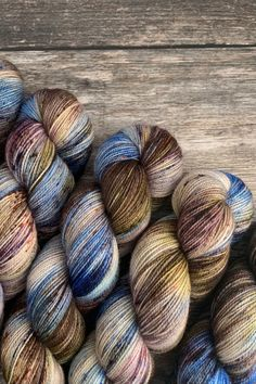 High Twist BFL by Qing Fibre in the colour Dirt. A great all-round fingering weight yarn Finger Weights, Needles Sizes, Knitting Yarn, Tangled, Yarns, Knit Crochet, Vibrant, Colour, Wool