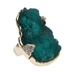 """""""Sea Glass Ring"""" sea glass is one of my favorite things ever Cuff Jewelry, Jewelry Box, Jewelry Accessories, Fashion Accessories, Fashion Jewelry, Jewelry Design, Sea Glass Ring, Baubles And Beads, Pomellato"""