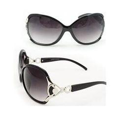 Soul Wireless 8034Black Elegant Women Fashion Sunglasses 8034 Black Glassy Frame Dark Gradient Lens