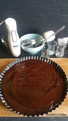 ÇİKOLATALI TART NASIL YAPILIR | Mutfak Ve Tatlar Holidays And Events, Feta, Pie, Desserts, Torte, Cake, Fruit Pie, Deserts, Pai