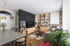 Renata-Ramos-Humaita-Apartment-1 - Design Milk
