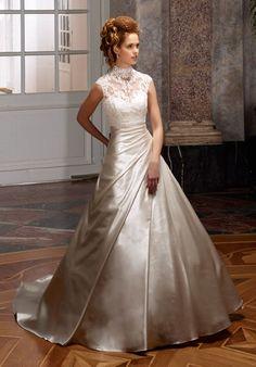 Romantisches A-Linien Brautkleid aus Spitze und Satin in Champagner und Elfenbein - von Diane Legrand