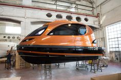 the founders of jet capsule, luca solla (CEO) and pierpaolo lazzarini (chief executive designer), have announced that their company is growing commercially and stylistically with the arrival of the jet taxi' Cool Boats, Small Boats, Mini Yacht, Tiny Boat, Camper Boat, Off Road Camping, Cool Tree Houses, Marine Boat, Water Toys